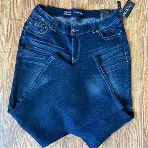 Lane Bryant Lightly Flared Jeans SZ 18